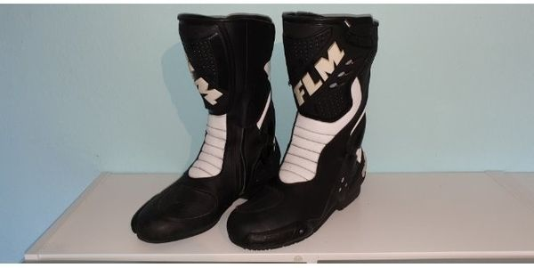FLM Sports Stiefel