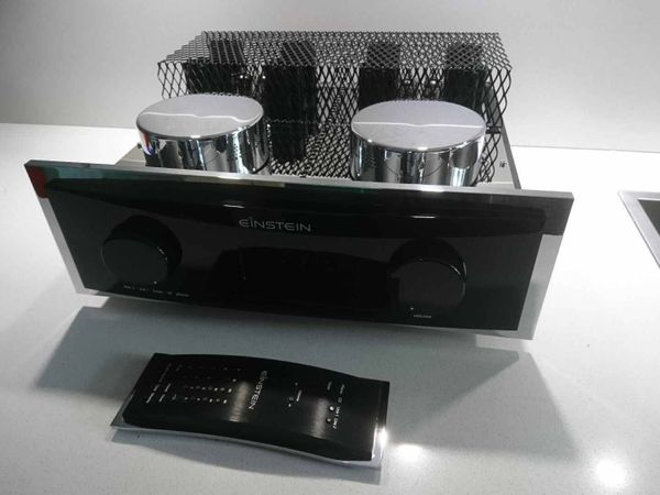 Einstein Audio The absolut Tune MK2 Highend Hybrid Vollverstärker The Remote