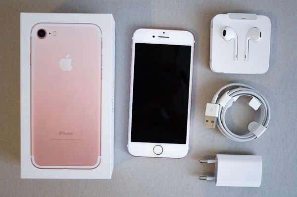 Apple iPhone 7 128 GB Roségold