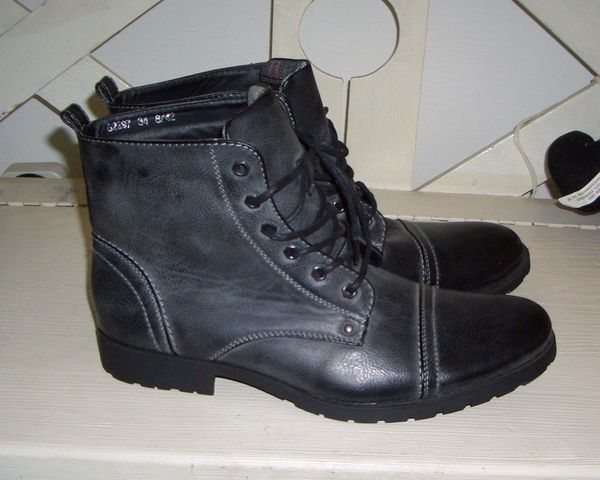 Neue anthrazitfarb. Stiefeletten