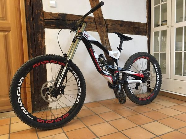 YT Industries Tues 2.0 LTD 2013