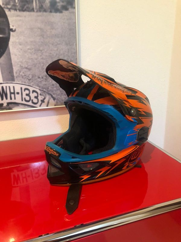 Troy Lee Design D3 Thunder Carbon Helm