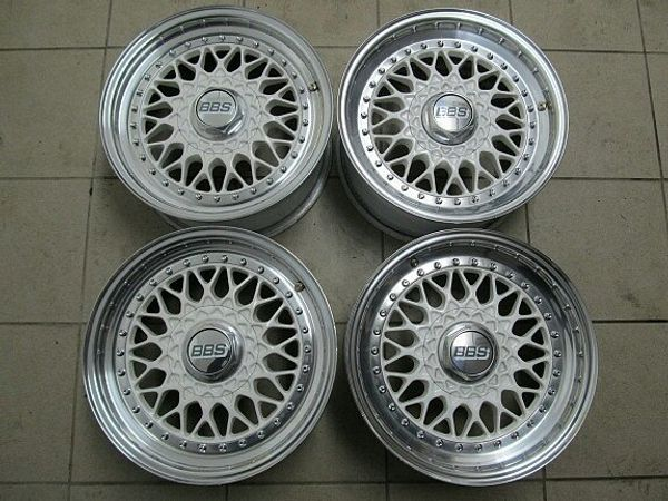 Original BBS RS 001 Chromfelgen *White- Edition* 7x15 Zoll et25. Lockkreis 4:100