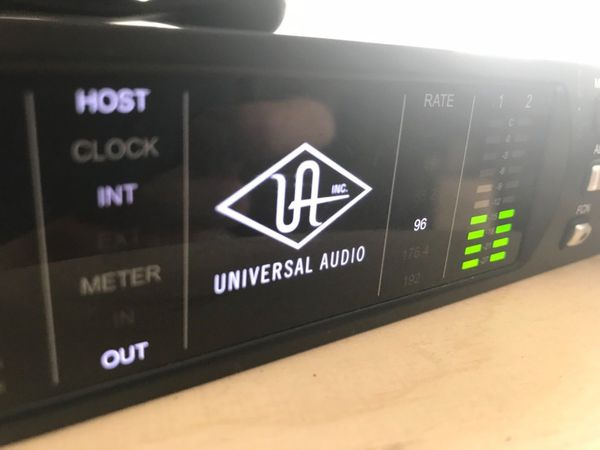 Universal Audio Apollo 8p Thunderbolt 2 Audio Interface + 23 Plugins, OVP