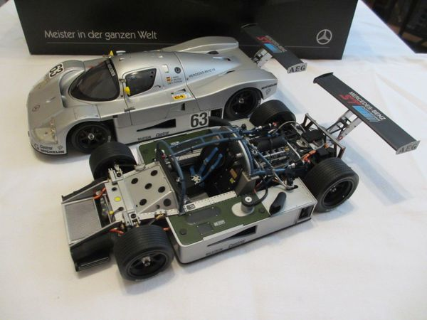 Exoto Sauber C 9 Set mit Rolling Chassis, 1989 Le Mans Winner