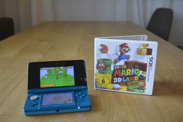 Nintendo 3ds + Super Mario 3d Land