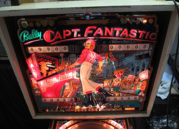 Flipper Captain Fantastic -Bally 1976