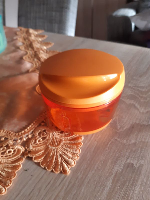 Tupperware Happy Chef orange