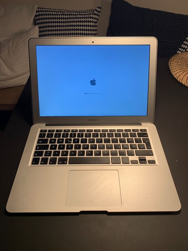 Apple MacBook Air - 2012 - 1,8 Core i5 - 128 GB SDD - 4GB RAM