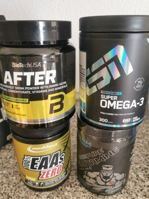 EAAs / / Omega 3 / post Workout /